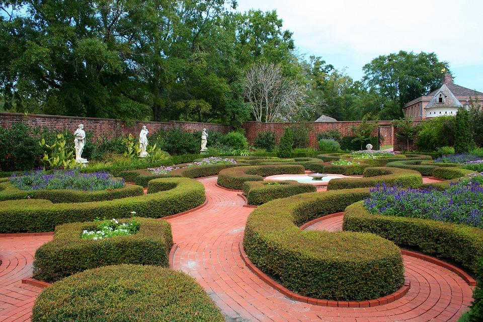 beaux jardins à la française